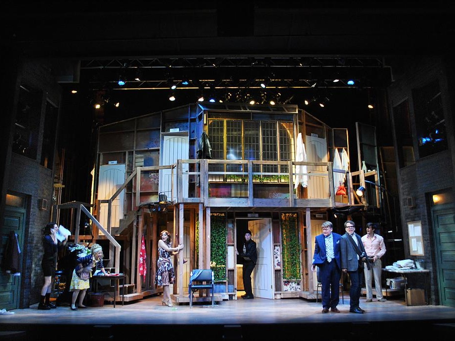 Noises Off, Lighting Design by Isabella Byrd
